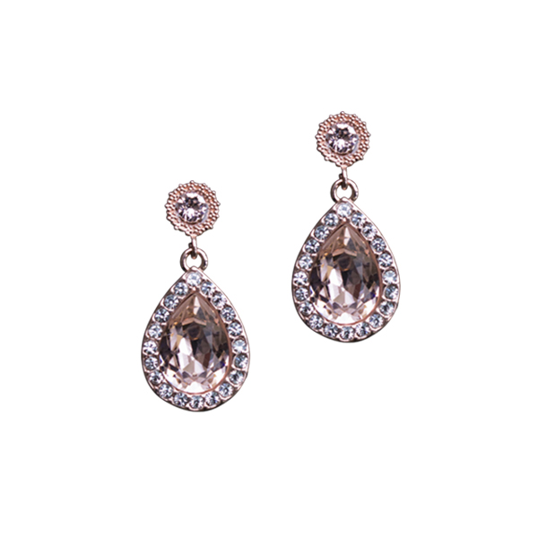 Lily and rose earring miss amy vintage rose essere for Lily rose designer