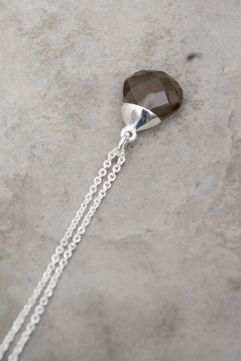 Syster P - Teardrop Necklace Smokey Silver