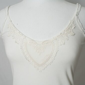 By Ti Mo - Underklänning Basic Strap Lace Off-white