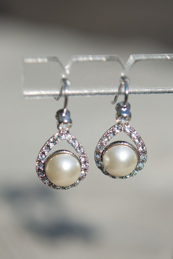 Lily and Rose - Emmylou Pearl Earrings Creme