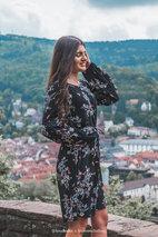 Cream - Bella Dress Pitch Black