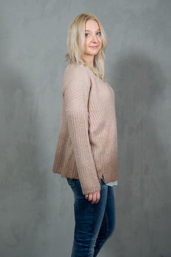 Pieszak - Vienna Loose Knit Rose