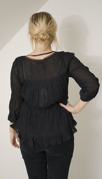 Second Female - Blus Sioux Solid Black