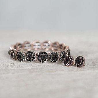 Pipol's Bazaar - Ava Bracelet Jet Black