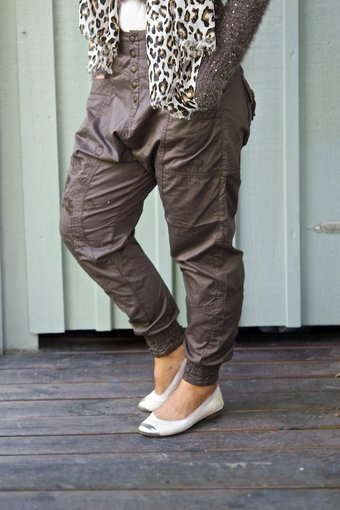 Cream - Carina Baggy Pants Forest Floor Bown