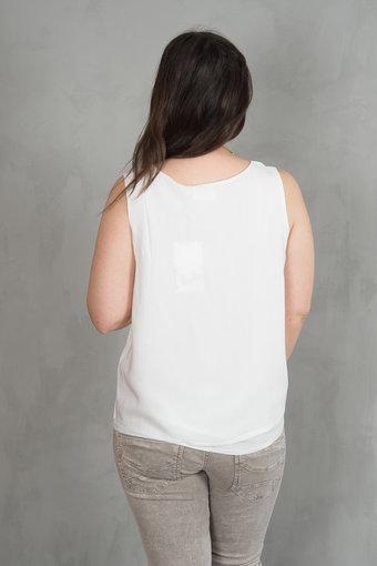 Isay - Hong Top Broken White