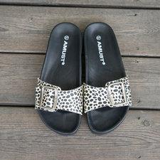 AMUST - Nacarado Sandal Animal