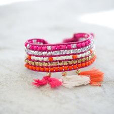 GOODHABIT - Armband Three Tassels Orange Pink