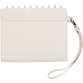 Frontrow Living - Queen Clutch Bone Silver