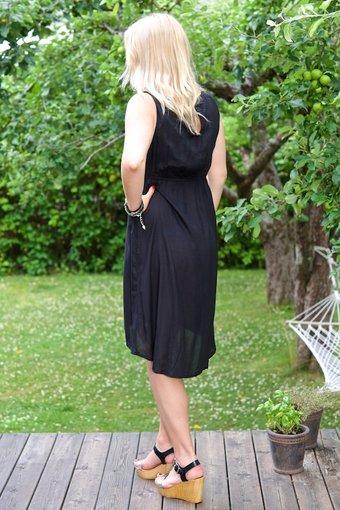 Cream - Kirsten Dress Pitch Black
