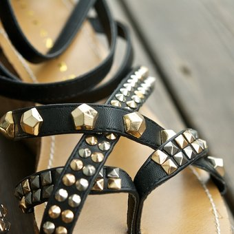 Stylesnob - Adea Sandal Black