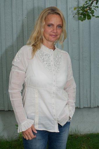 Cream - Mona blouse Milky Sand