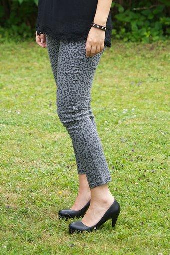 Pulz Jeans - Anett 7/8 pant Castlerock print