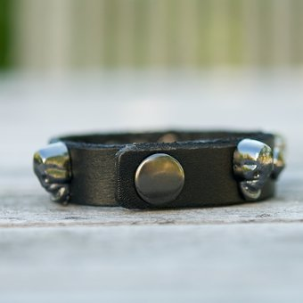 Frontrow - Small Scull Bracelet Black/Gunmetal