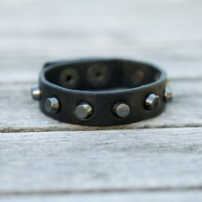 Frontrow - Small Zoe Cone Bracelet Black/Gunmetal