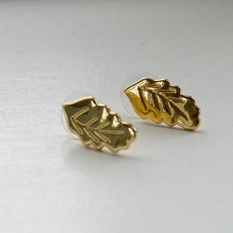 Ioaku - The Leaf  Stud Gold