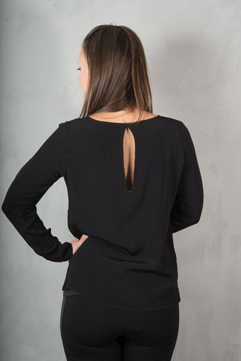 Second Female - Fly Shirt Black