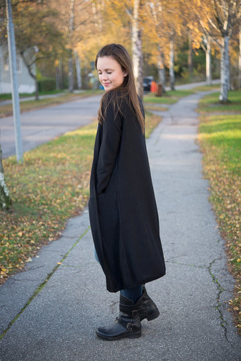 Second Female - Dawn Knit Cape Black