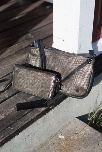Frontrow - Phone Mid wallet  Metallic Bronze