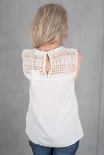 Isay - Kamma Lace Top White