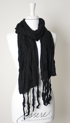 Maya - Scarf Frolls and Flowers Black 50% REA